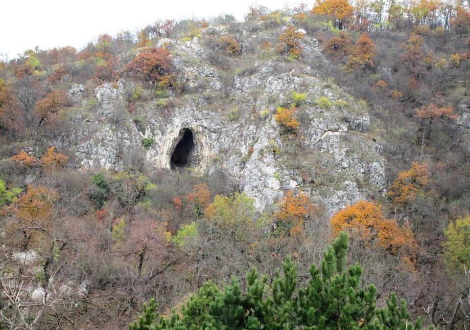 November 11. Családi túra a Remete szurdokba